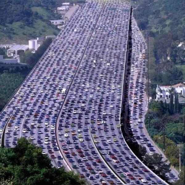 Longest traffic jam in the world