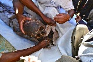 Preparing bones for Famadihana