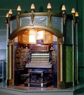 convention_hall_organ